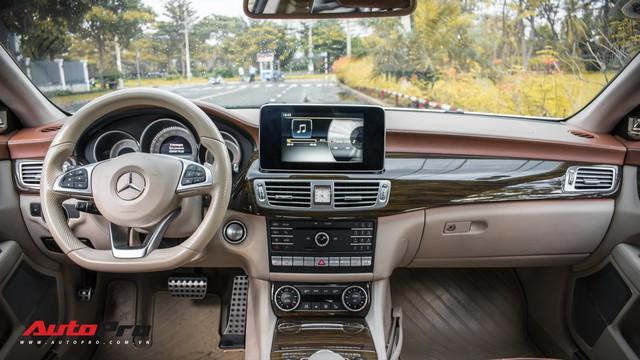 Siêu hiếm tại Việt Nam, Mercedes-Benz CLS 500 vẫn bán lỗ gần 2 tỷ đồng - Ảnh 8.