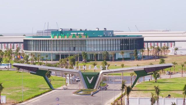 Bên trong nhà máy VinFast: Hiện đại nhất Đông Nam Á, sản xuất thần tốc 38 xe/giờ - Ảnh 2.