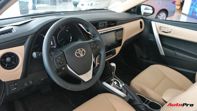 Toyota Corolla Altis sắp được nâng cấp tại Việt Nam, cạnh tranh Mazda3 - Ảnh 1.