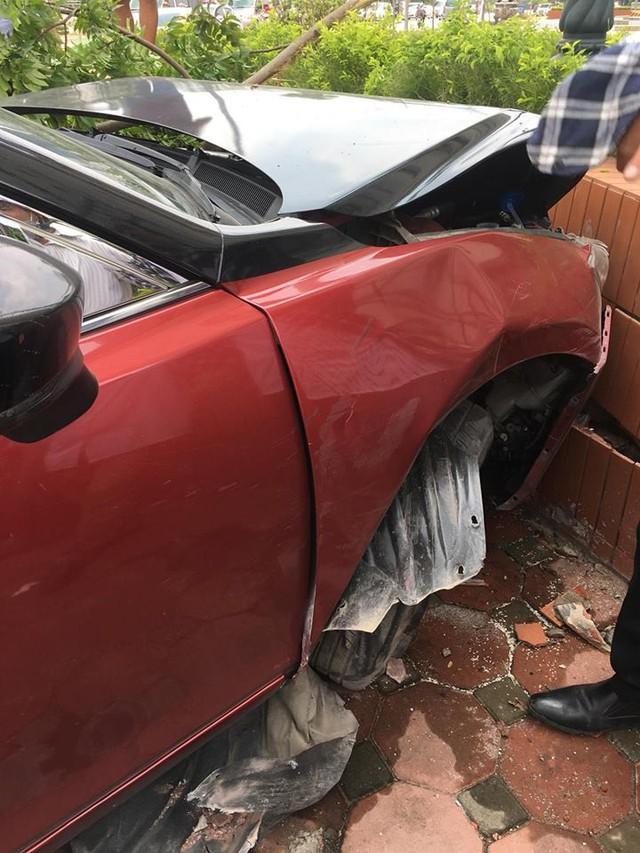 Chiếc Mazda3 tai tiếng tại Hà Nội gặp nạn nghiêm trọng, tài xế từng dương tính với ma tuý - Ảnh 1.