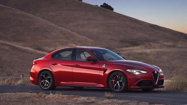 10 mẫu xe vượt mốc 500 mã lực nhưng giá hạt dẻ dưới 100.000 USD - Ảnh 7.