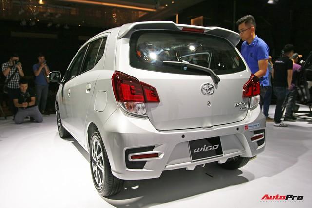 Toyota Wigo chốt giá từ 345 triệu đồng - Kịch bản khó đoán với Hyundai Grand i10 và Kia Morning - Ảnh 1.