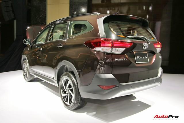 Toyota Rush ra mắt với giá 668 triệu đồng - Tiểu Fortuner đấu Mitsubishi Xpander - Ảnh 1.
