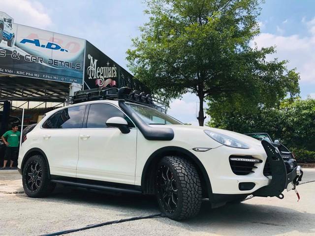 Dân chơi Việt độ Porsche Cayenne cho mùa phá xe VOC 2018 - Ảnh 3.