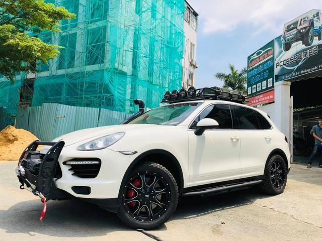 Dân chơi Việt độ Porsche Cayenne cho mùa phá xe VOC 2018 - Ảnh 1.