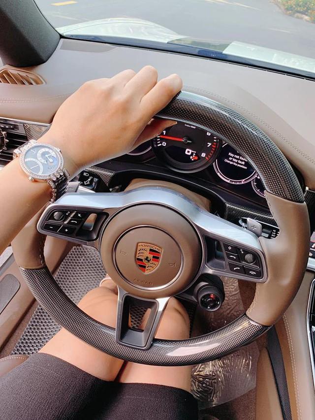 Người đẹp Diệp Lâm Anh nói: Lỗ như ngất đi khi rao bán Porsche Panamera 2018 chạy lướt - Ảnh 3.