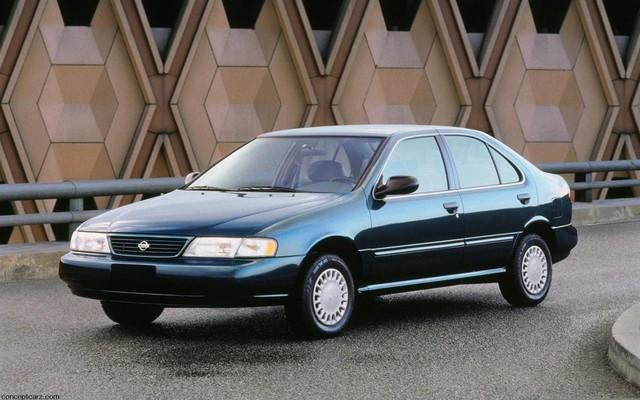 5 mẫu xe tưởng một mà hai: Chung tên gọi, khác cơ cấu - Ảnh 3.
