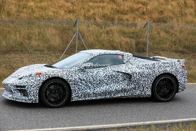 Đây chính là Chevrolet Corvette thế hệ kế tiếp: Đầu xe hao hao Lamborghini - Ảnh 2.