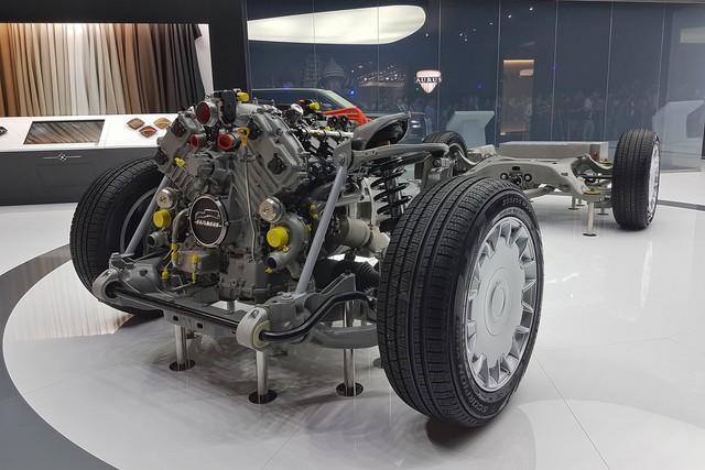 Những mẫu xe đặc sắc nhất cùng sân chơi với Rolls-Royce nước Nga - Ảnh 4.