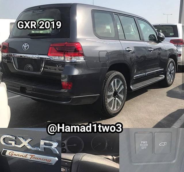 Toyota Land Cruiser và Lexus LX570 2019 lộ thêm ảnh từ trong ra ngoài - Ảnh 6.
