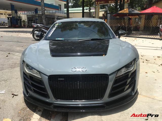 """Audi R8 độ """"khủng"""" nhất Việt Nam khoác màu xanh đá lạ lẫm - Ảnh 3."""