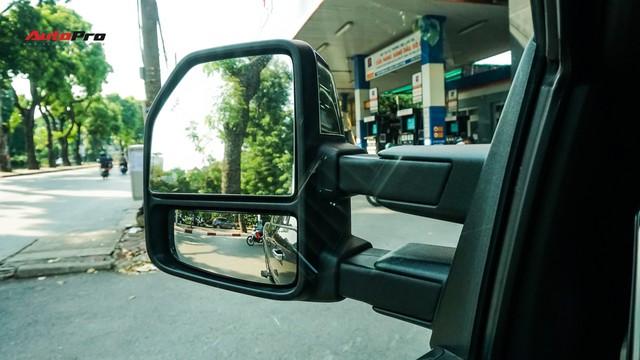 Siêu bán tải Ford F-150 Platinum - Hàng hiếm tiền tỷ trên thị trường xe cũ Việt Nam - Ảnh 9.