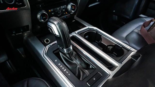 Siêu bán tải Ford F-150 Platinum - Hàng hiếm tiền tỷ trên thị trường xe cũ Việt Nam - Ảnh 16.