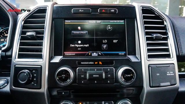 Siêu bán tải Ford F-150 Platinum - Hàng hiếm tiền tỷ trên thị trường xe cũ Việt Nam - Ảnh 14.