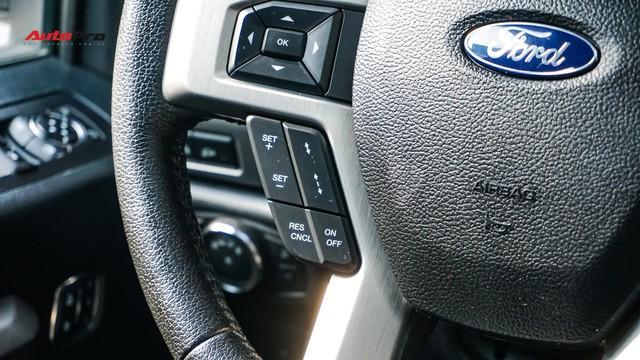 Siêu bán tải Ford F-150 Platinum - Hàng hiếm tiền tỷ trên thị trường xe cũ Việt Nam - Ảnh 12.