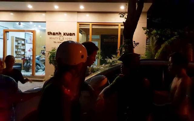 Người đàn ông Hàn Quốc đột nhập xe ô tô của người dân ở Đà Nẵng lúc nửa đêm - Ảnh 2.