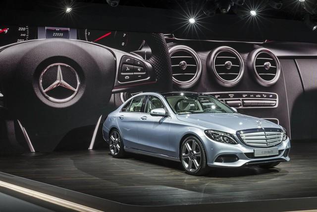 Mercedes-Benz khẳng định bán xe sang nhiều nhất thế giới năm 2017 - Ảnh 2.