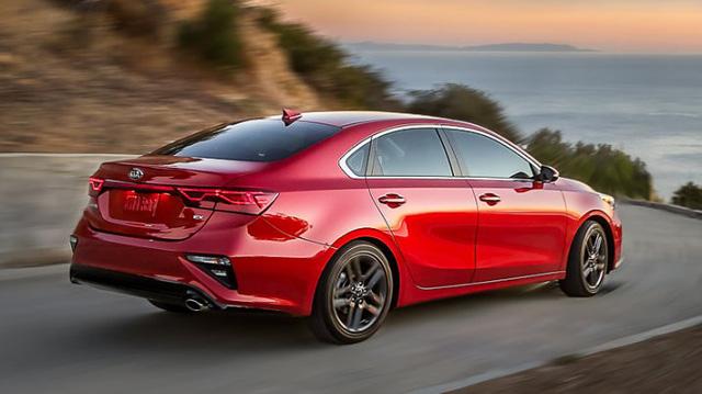 Kia Forte 2019 rộng rãi hơn và tiết kiệm nhiên liệu hơn trước - Ảnh 1.