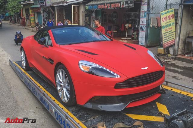 Loạt siêu xe khoe dáng đầu năm 2018 trên phố Sài Gòn - Ảnh 3.