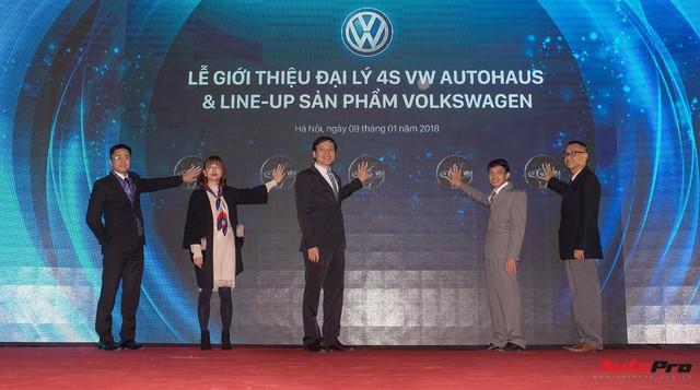 Quyết chiến thị phần, Volkswagen mở đại lý 4S lớn nhất tại Việt Nam - Ảnh 1.