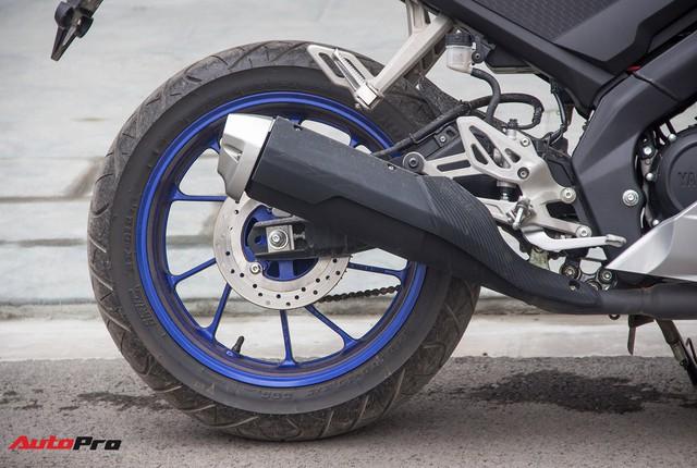 Đấu xe chính hãng, Yamaha R15 nhập khẩu ngoài giảm giá còn 84 triệu đồng - Ảnh 6.