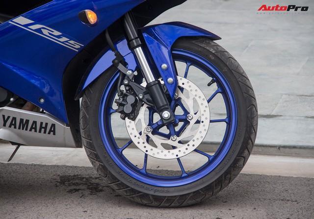 Đấu xe chính hãng, Yamaha R15 nhập khẩu ngoài giảm giá còn 84 triệu đồng - Ảnh 5.