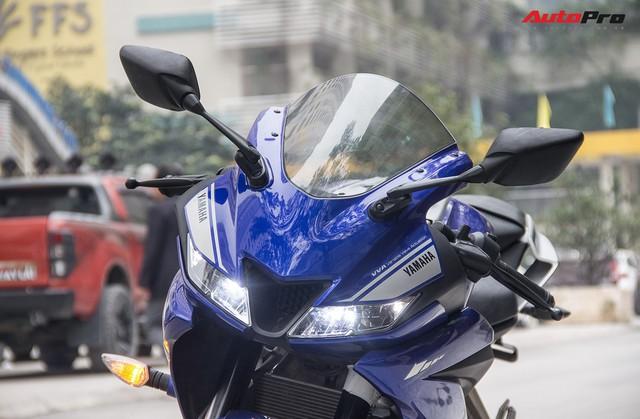 Đấu xe chính hãng, Yamaha R15 nhập khẩu ngoài giảm giá còn 84 triệu đồng - Ảnh 4.
