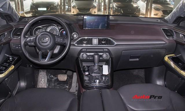 Mazda CX-9 vẫn âm thầm được bán tại Việt Nam, giá 2,15 tỷ đồng - Ảnh 5.