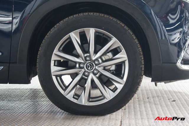 Mazda CX-9 vẫn âm thầm được bán tại Việt Nam, giá 2,15 tỷ đồng - Ảnh 3.