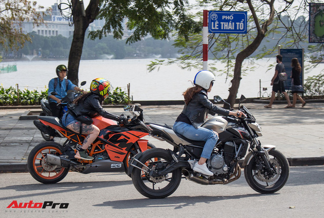 Dàn ô tô, mô tô phân khối lớn mang cờ tổ quốc xuống cổ vũ U23 Việt Nam - Ảnh 10.
