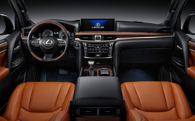 Lexus LX570 nhập Mỹ cao hơn chính hãng tại Việt Nam cả tỷ đồng - Ảnh 5.