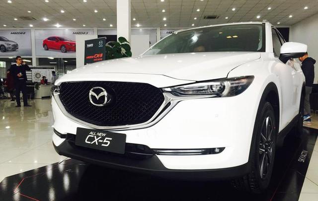 Mazda lần đầu bán xe nhiều ngang Toyota tại Việt Nam - Ảnh 3.