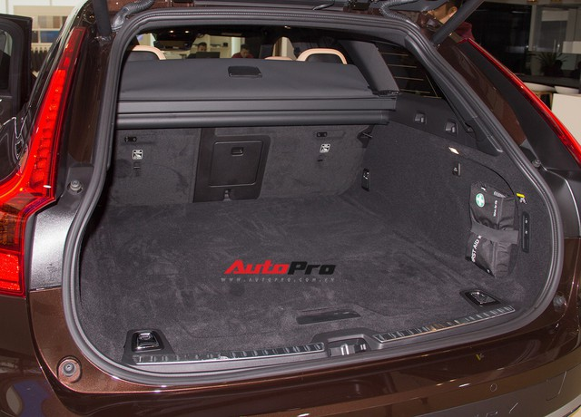 Khám phá Volvo V90 Cross Country giá 2,89 tỷ đồng đầu tiên tại Hà Nội - Ảnh 31.