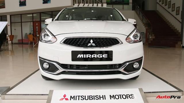 Mitsubishi Mirage thêm nâng cấp, khách hàng tiết kiệm hàng chục triệu đồng tiền sắm đồ - Ảnh 1.