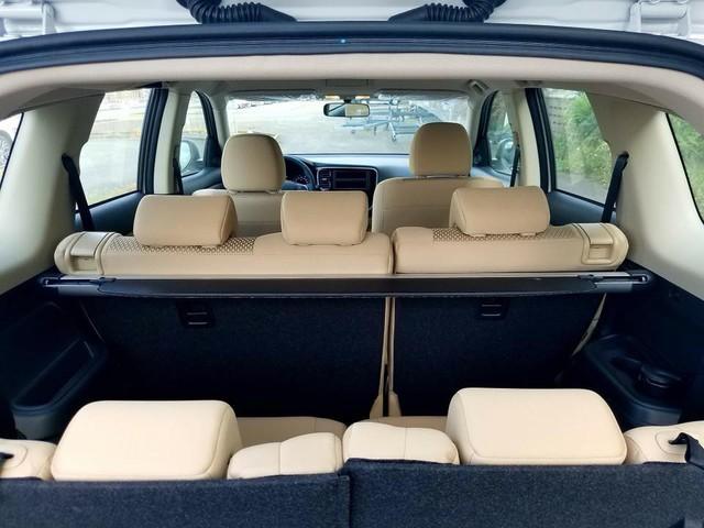 Giảm giá 165 triệu đồng, Mitsubishi Outlander lắp ráp lại có nhiều trang bị hơn bản nhập Nhật - Ảnh 10.
