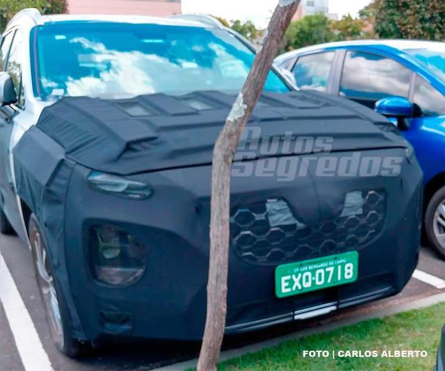 Bắt gặp Hyundai Santa Fe thế hệ mới đang chạy thử - Ảnh 1.