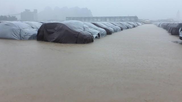 """Hyundai Thành Công phủ nhận """"bán tháo xe ngập nước"""""""