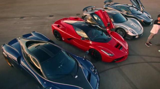 Đại gia Mỹ đổi bitcoin lấy Bugatti Chiron và Pagani Huayra