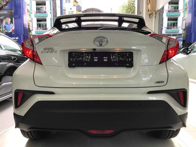 Toyota C-HR turbo về Việt Nam ngang tầm giá Mercedes-Benz GLC - Ảnh 4.