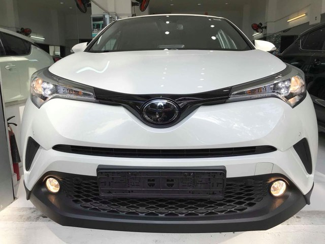 Toyota C-HR turbo về Việt Nam ngang tầm giá Mercedes-Benz GLC - Ảnh 3.