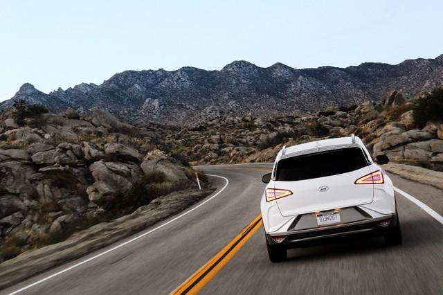[CES 2018] Hyundai Nexo ra mắt với những công nghệ hàng đầu - Ảnh 5.