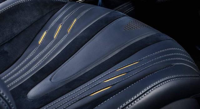Ferrari 488 Spider độ nội thất: Khi siêu xe trở nên siêu sang - Ảnh 4.