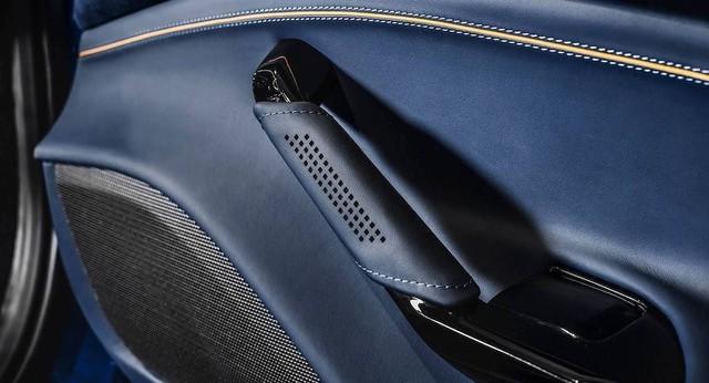 Ferrari 488 Spider độ nội thất: Khi siêu xe trở nên siêu sang - Ảnh 5.