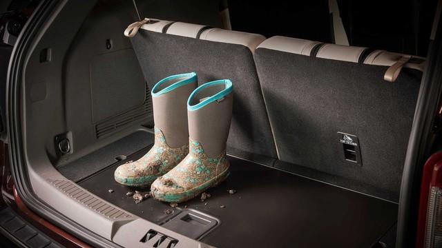 Ra mắt Ford Explorer 2020: Thay đổi lớn nhất trong 10 năm qua, khung gầm mới, nội thất mới - Ảnh 8.