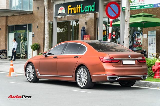 """BMW 750Li """"fake"""" màu hiếm của đại gia Sài Gòn - Ảnh 4."""