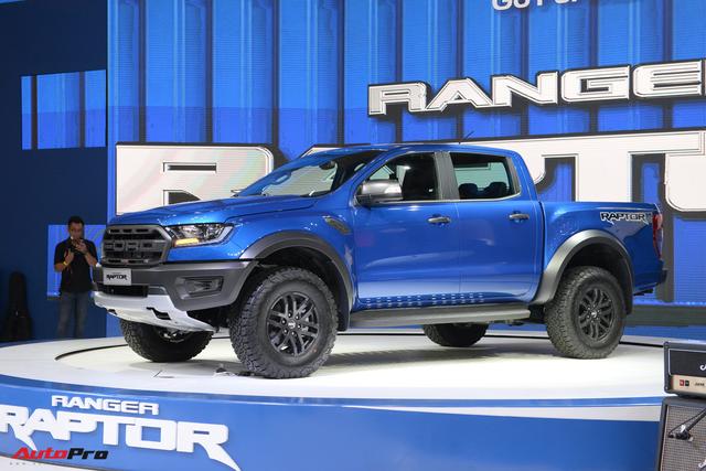 Giá bia kèm lạc Ford Explorer và Ranger Raptor giảm nhiệt tại đại lý - Ảnh 1.