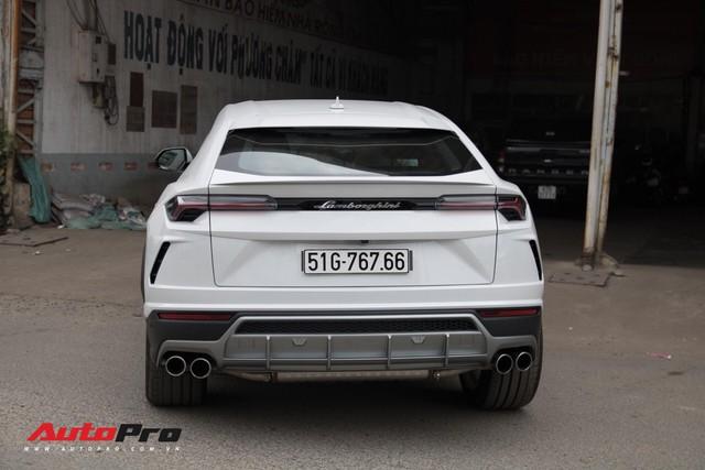 Siêu SUV Lamborghini Urus đầu tiên Việt Nam của Minh Nhựa ra biển lộc - Ảnh 7.