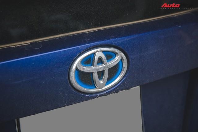 Bắt gặp mẫu xe hybrid bán chạy nhất toàn cầu tại Việt Nam - Ảnh 6.