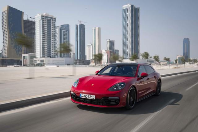 Porsche có năm đại thành công nhưng không nhờ Macan mà lại là mẫu xe này - Ảnh 2.