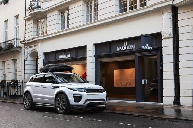 Cuối năm, Range Rover Evoque giảm giá 200 triệu đồng tại Việt Nam - Ảnh 1.